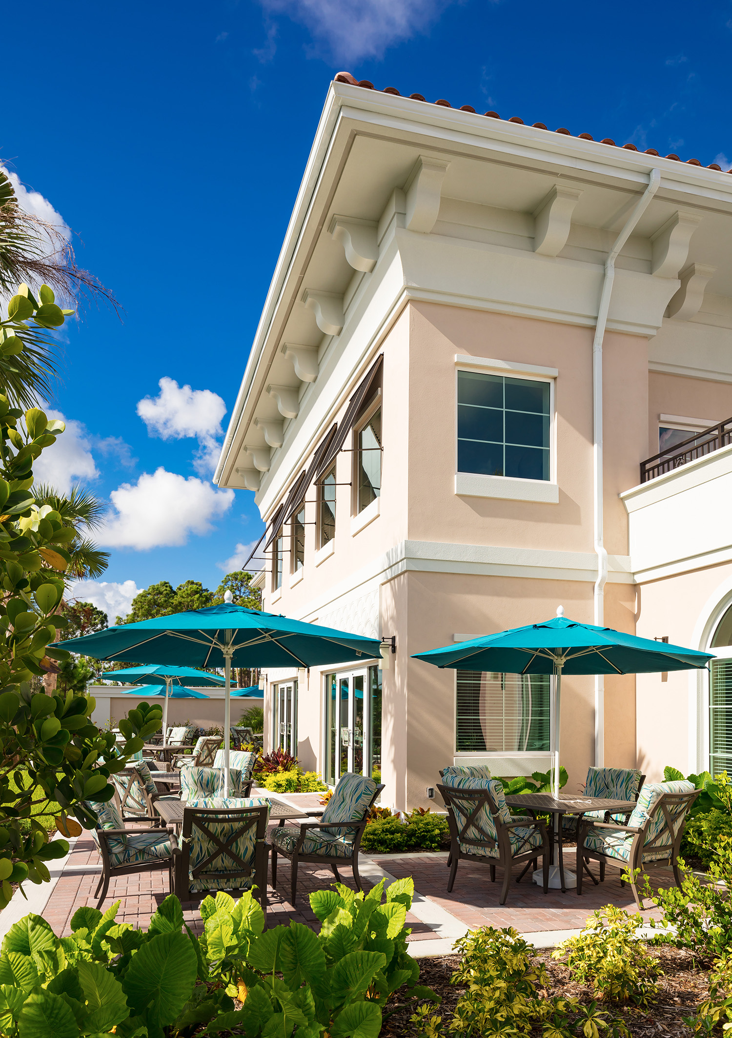 Harborchase of palm beach gardens florida silverstone - Assisted living palm beach gardens ...